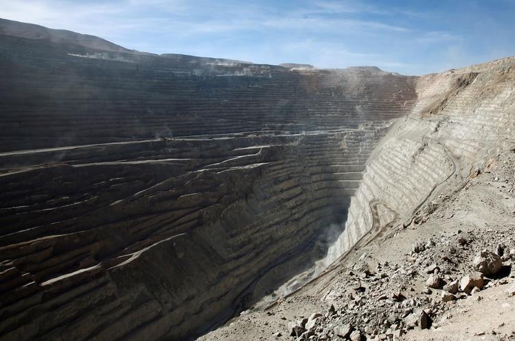 'Mega huelga' en Chile: Paran más de 3.200 trabajadores de la mayor exportadora de cobre del mundo