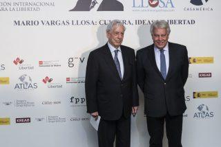 El 'piropo' de Vargas Llosa a Felipe González que fue un tremendo 'zasca' contra Zapatero
