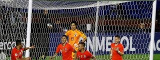 Chile golea a Japón en su debut en la Copa América