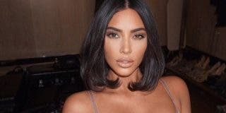Kim Kardashian 'rompe' las redes sociales con su diminuto hilo negro