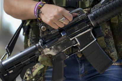 Un pueblo de Colombia, a las armas para frustra el arresto de guerrilleros buscados por Interpol