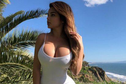 La Kim Kardashian rusa se muestra en un pequeño bikini para celebrar sus 10 millones de seguidores