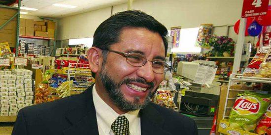 Carlos Castro, emigrante, deportado, lavaplatos y ahora dueño de un negocio millonario en EEUU
