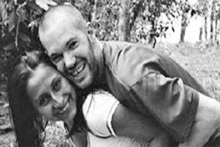 El reportero que viajó a Colombia a cubrir el conflicto con los narcoterroristas y se enamoró de una 'asesina'