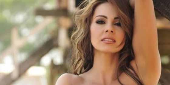 Topless y un diminuto bikini: la afrenta contra Instagram de Esperanza Gómez