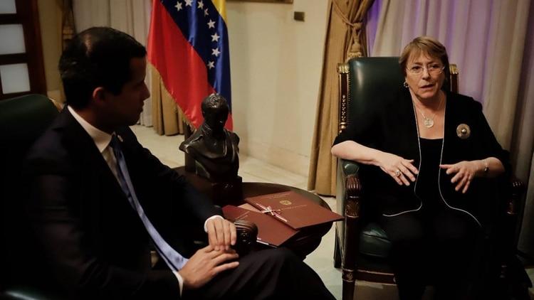 Michelle Bachelet se reune con el presidente de Venezuela, Juan Guaidó