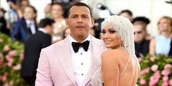 La peor bajeza de Maluma queriendo sacar partido de la publicación más romántica de Jennifer López y Alex Rodríguez