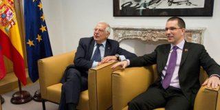 """El chavismo se sacude las críticas judiciales de la UE y sus esbirros cargan contra el """"miserable"""" de Josep Borrell"""