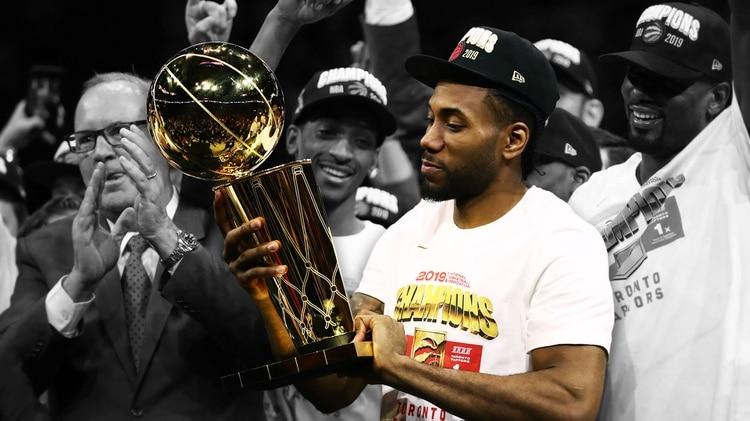 Kawhi Leonard: de la frustración con los Spurs, a campeón de la NBA y premio MVP con los Raptors