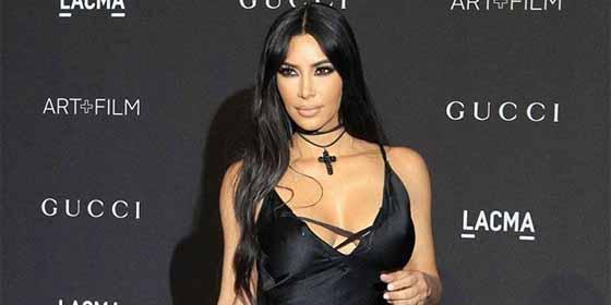 """Japoneses enfurecidos contra el nuevo """"Kimono"""" de Kim Kardashian: """"Es una blasfemia contra nuestra cultura"""""""