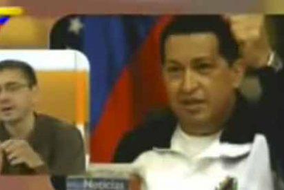 """Monedero acusa a los medios, finge de """"funcionario"""" y se olvida que cobró 400.000€ de la dictadura que aún no condena"""