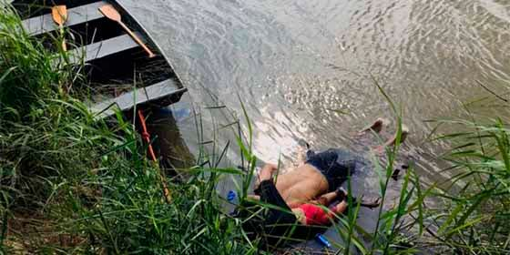 Qué se conoce del caso de Óscar Martínez y su hija de 23 meses que aparecieron ahogados en la frontera entre EEUU y México