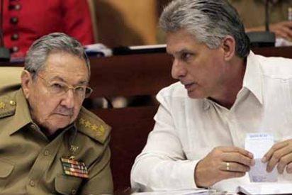 La dictadura cubana niega las expatriaciones forzosas: Defiende a Aruba Airlines, ataca a las víctimas y a la ONG Prisoners Defenders
