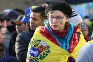 Así funcionan las mafías detrás de la entrega de la residencia humanitaria a venezolanos en España