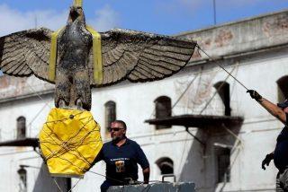 Uruguay, obligado vender un águila nazi descubierta en el Río de la Plata
