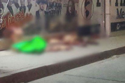 México: Abandonan dos policías desmembrados en una acera