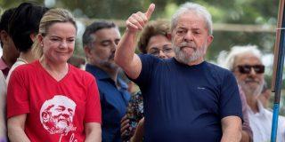 Una 'jugarreta' judicial deja en libertad a Lula da Silva, preso por