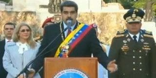 Un asustado Nicolás Maduro 'encuartela' a los soldados en el Día del Ejército en Venezuela
