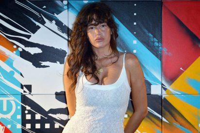 La actriz Paz De La Huerta salta la censura y logra un topless perfecto