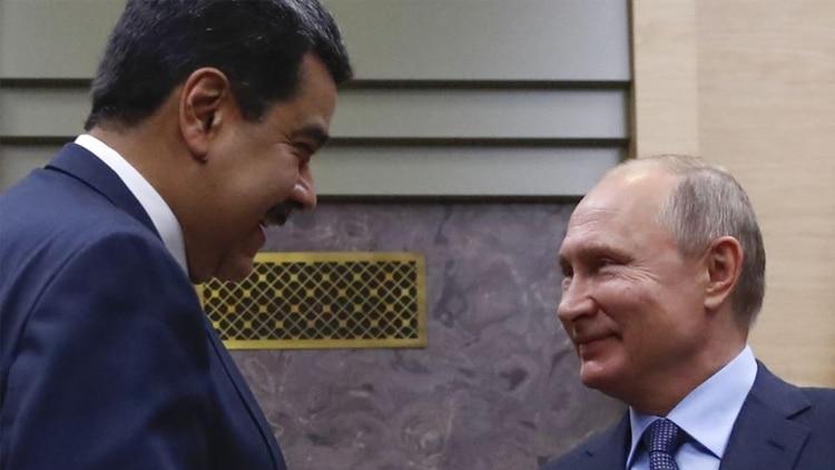 El imperialismo de Putin: Desvelan imágenes de militares rusos camuflados con uniformes venezolanos en Caracas