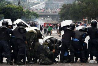 """Violentas protestas contra el Gobierno """"usurpador"""" de Honduras: Caos, represión y saqueos"""