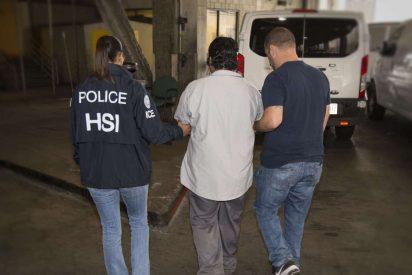 Unos peligrosos pandilleros le sacan el corazón a un inmigrante con un machete