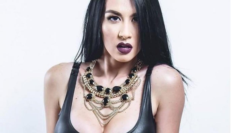 """La sensual vedette venezolana Diosa Canales carga contra Guaidó: """"No está preparado"""""""