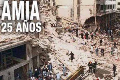 25 años de AMIA: Qué tienen que ver dos presidentes y por qué nadie ha sido arrestado por el peor atentado en la historia de Argentina