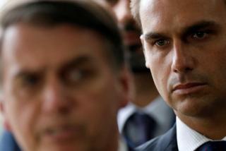 Jair Bolsonaro tiene a su favorito para la embajada de Brasil en EEUU: Su hijo, el 'amiguito' de los hijos de Trump