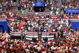 """""""¡Enviadla de vuelta (a su país)!"""", corean los seguidores de Donald Trump sobre una de las congresistas del 'Escuadrón'"""