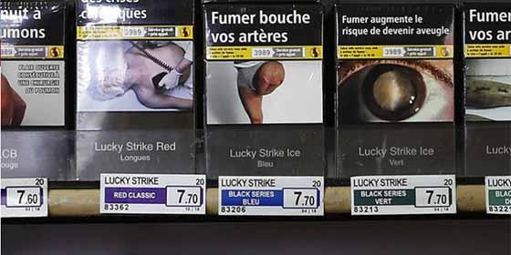 Un hombre amputado tras un tiroteo descubre su pierna en la foto de una caja de cigarrillos