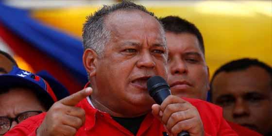 """El narco Diosdado Cabello enfurecido con los venezolanos que compran con dólares y va avisando que impondrá """"bolívares o el trueque"""""""