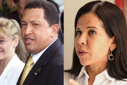 Pelea de gatas: La 'viuda' de Hugo Chávez y la defensora del pueblo chavista en guerra por limpiar sus imágenes