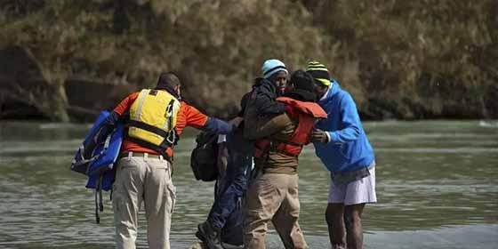 Muere un inmigrante salvadoreño bajo custodia de la Patrulla Fronteriza de Trump
