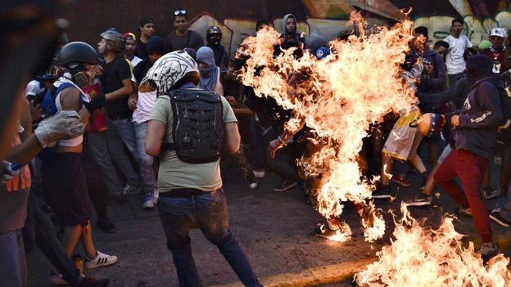 España captura al venezolano que quemó vivo a un manifestante en las protestas contra Maduro de 2017