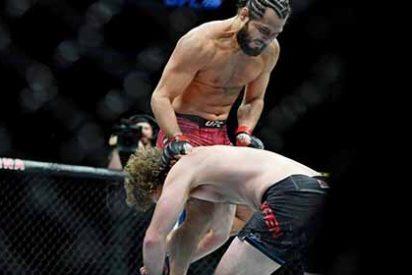 Vídeo: El rodillazo criminal que ahora es el nocaut más rápido de la historia de UFC
