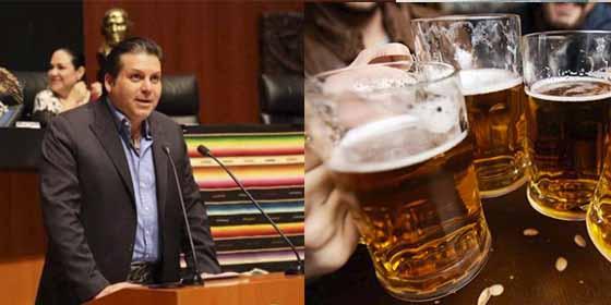 """Senador mexicano propone una ley para tomar cervezas en el trabajo y le ponen 'de vuelta y media': """"Pinche borracho y legislando"""""""