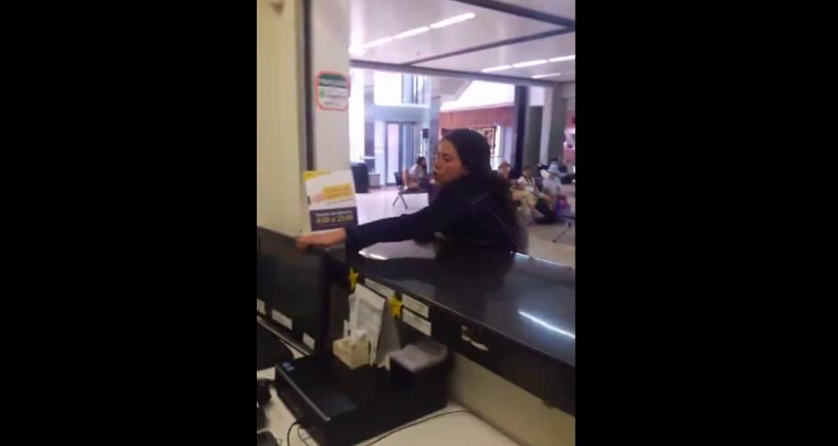 Vídeo: La 'lía parda' al llega tarde y borracha a su vuelo