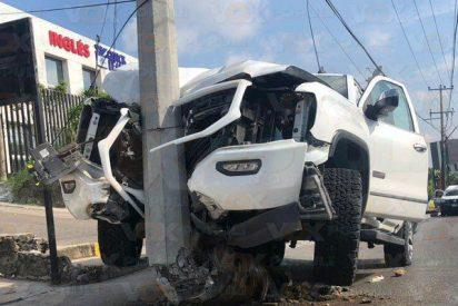 Una copiloto sacaba el 'jugo' del conductor y terminan en un bestial choque