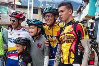 El drama de la diáspora venezolana en dos ruedas: La historia de la familia que emigró en bicicleta a Argentina