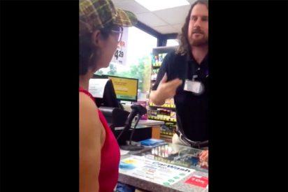 Vídeo: Empleado racista de una gasolinera amenaza a un grupo de hispanas con llamar al ICE