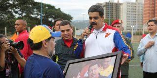 Diego Maradona le consigue a un amigo millonarios contratos con el régimen de Nicolás Maduro