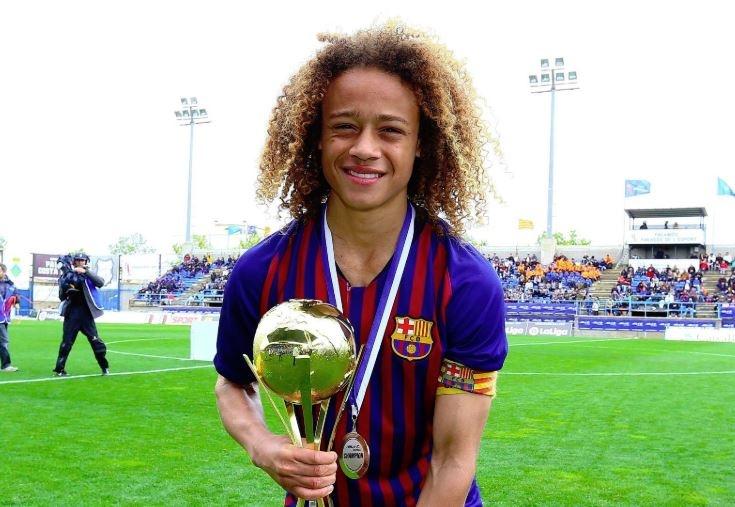 La máxima estrella juvenil del Barça abandona el club y enciende la polémica