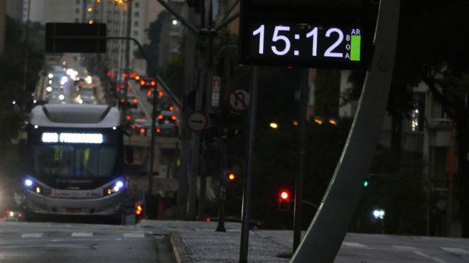 ¿Por qué oscureció en Sao Paulo dos horas antes del anochecer?