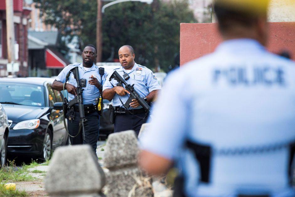 Nuevo tiroteo en EEUU: Seis policías heridos y 8 horas de intercambio de disparos