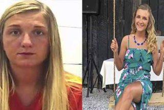Maestra de biología detenida por 'estudiar las partes' de un adolescente durante las vacaciones de verano