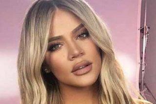 El estampado leopardo en el bikini de Khloé Kardashian arrasa en las redes por todo lo que deja ver