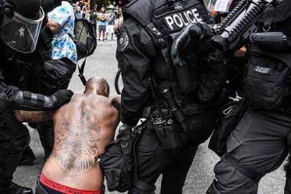 Al menos 6 heridos y 13 detenidos por choques entre manifestantes de extrema derecha y radicales de izquierda en Portland
