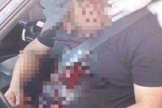 Foto (Imagen fuerte): Así ejecutaron a un cantante en México frente a su bebé y esposa