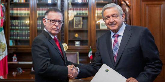 López Obrador muestra su verdadero rostro chavista al aceptar al embajador de Maduro pese a las críticas